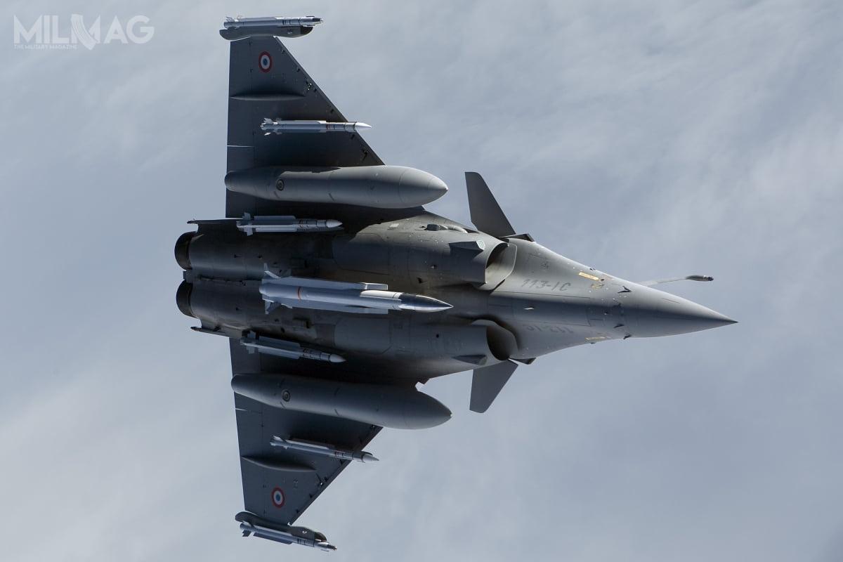 Francuski, wielozadaniowy Dassault Rafale B poraz pierwszy wystrzelił zmodernizowany ponaddźwiękowy pocisk manewrujący ASMP-A, przystosowany doprzenoszenia broni jądrowej