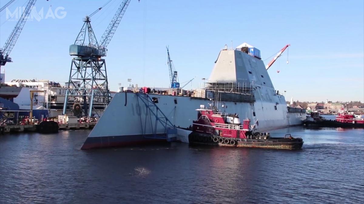 Pierwotnie planowano zamówienie aż 32 okrętów tego typu, aleostatecznie zredukowano je dotrzech. Przyszły USS Lyndon B.Johnson (DDG-1002) będzie zatem ostatnim okrętem typu Zumwalt. /Zdjęcia: General Dynamics Bath Iron Works
